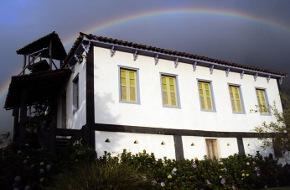 Hotéis e Pousadas em Dores do Rio Preto