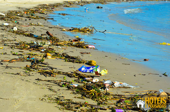 lixo praia do sonho